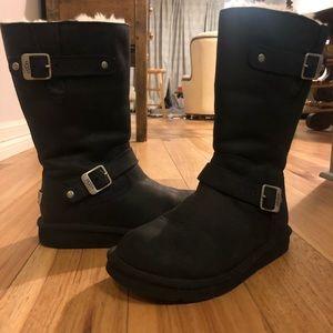 Ugg boots black size 8